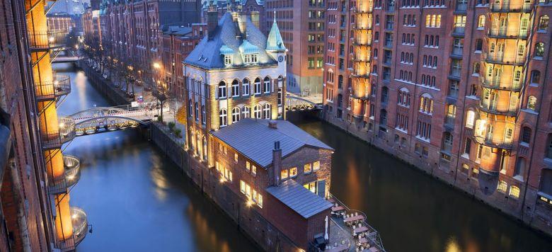 hamburg-speicherstadt-image-of-hamburg-speicherstadt-during-twilight-blue-hour-image-id-163878179-1426584557-LCNE