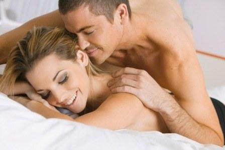 sex-love-life-blogs-smitten-0410_sex-couple-bed_sm